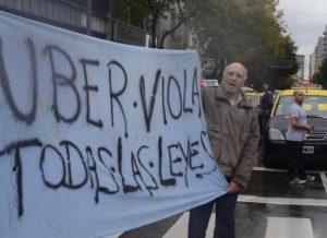 El análisis del Código de Transporte de Buenos Aires fue eje de la polémica en el arribo de Uber.