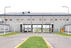 Aunque bajó la superpoblación, las cárceles federales siguen en una situación crítica